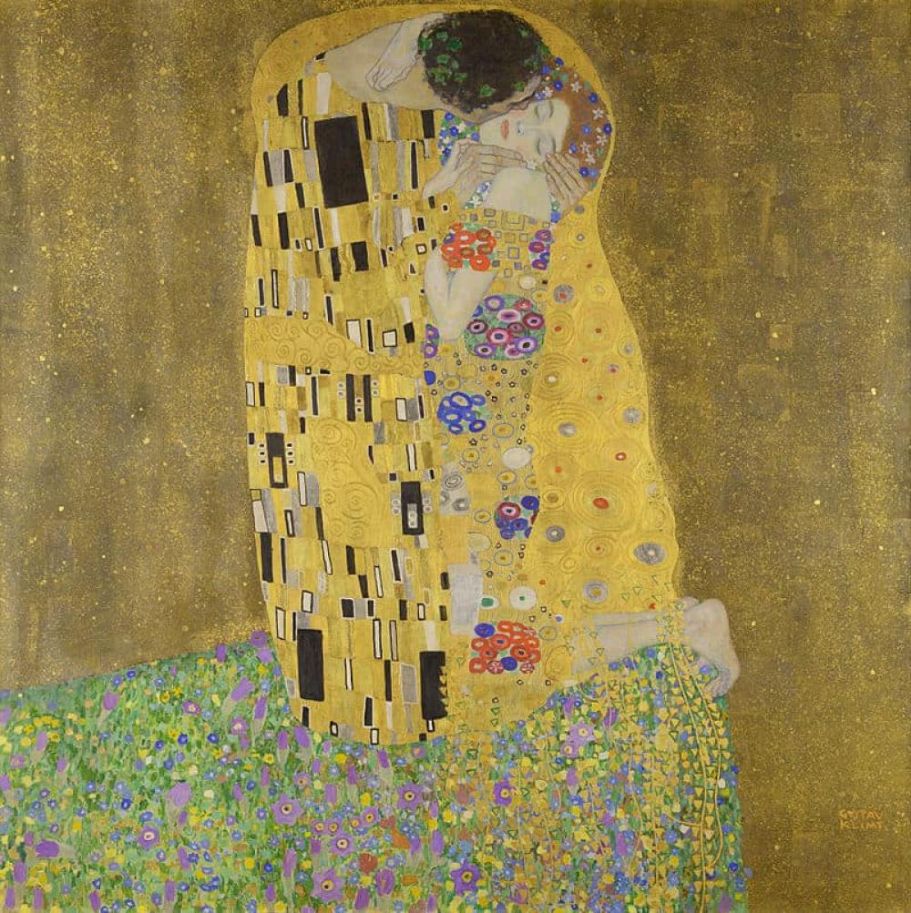 The Kiss: Gustav Klimt Masterpiece in Gold